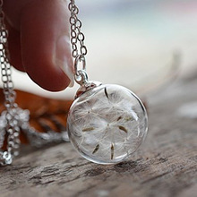 Dandelion glass cover necklace, wish pendant, plant label, dry flower, hand-made glass ball, sweater chain, birthday gift for fr new trendy natural dandelion seed pendant necklace handmade transparent lucky wish glass ball long chain necklace for women gift