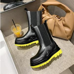2020 Chic Genuine Leather Chelsea Boots Women Brand Design Boots Women Autumn/Winter Women Boots Mid-calf Slip-on