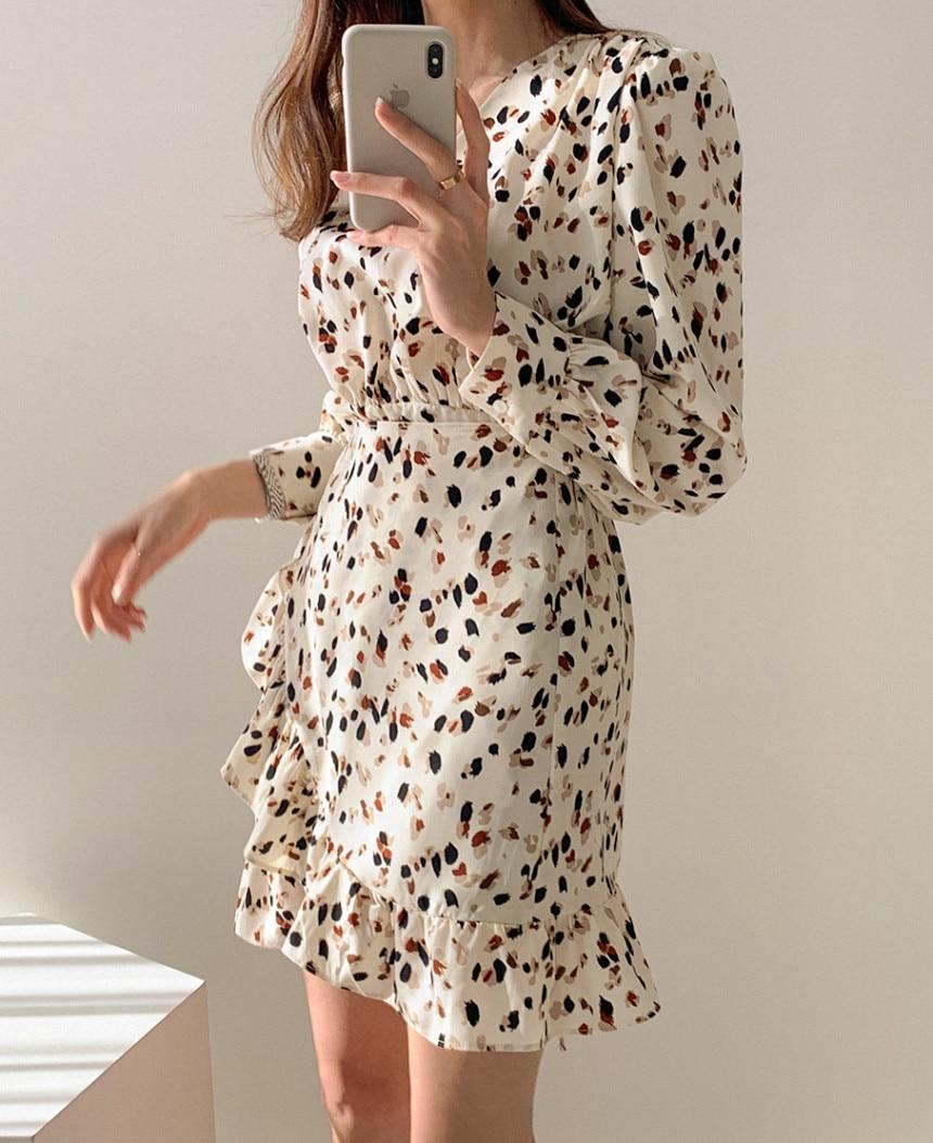 H532033410e014df0be69d2b56153a5c8A - Autumn V-neck Long Sleeves Floral Print Flounced Mini Dress