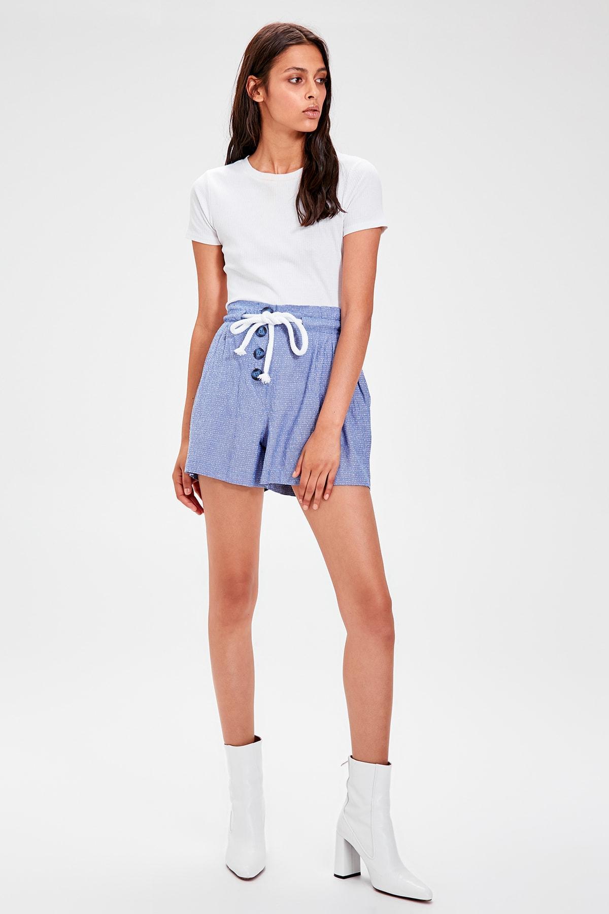Trendyol Indigo Lacing Detaylı Shorts TWOAW20SR0024