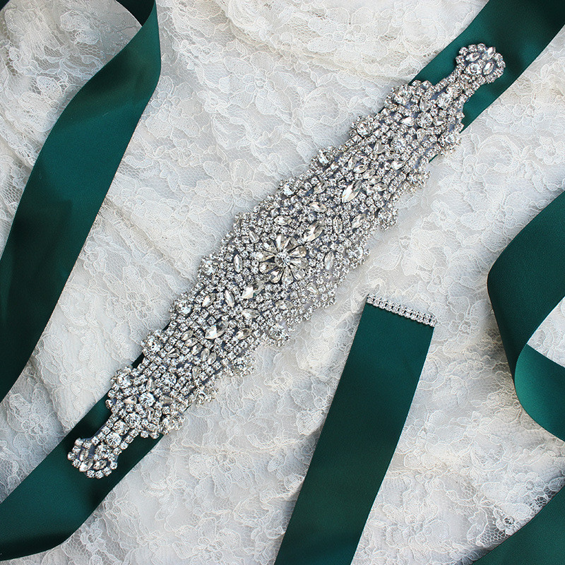 New Design Fresh Green Wedding Belts For Bride Bride Waistband Bridal Sashes Crystal And Rhinestones Gown Dresses Belt Accessory