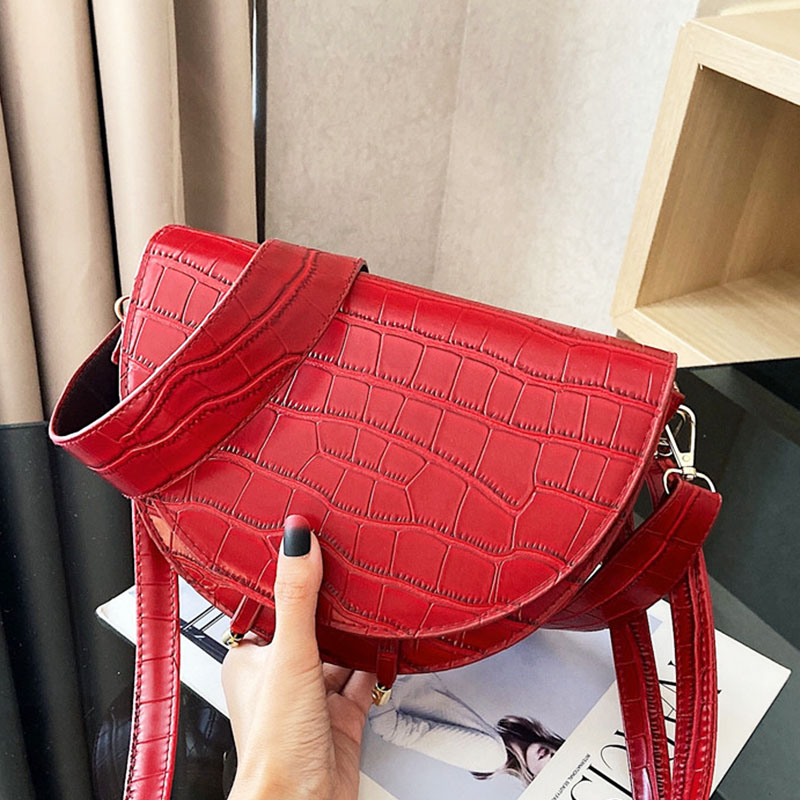 Leather Saddle Bag Women Luxury Shoulder Bags Small Round Crossbody Bag Fashion Crocodile Semicircle female Handbags bolsas