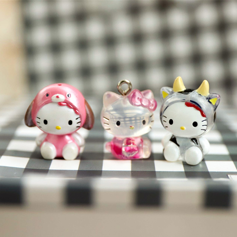 20pcs Random Different Hello Kitty Figures Mini Series Cute Collection Toys 2CM