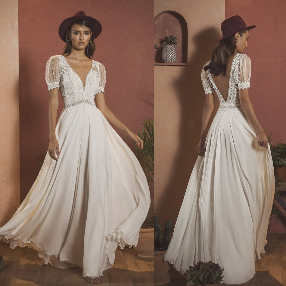 2020 Bohemian Wedding Dresses V Neck Capped Sleeves Lace Appliques Bridal Gowns Sexy Backless Floor Length A-Line Wedding Dress