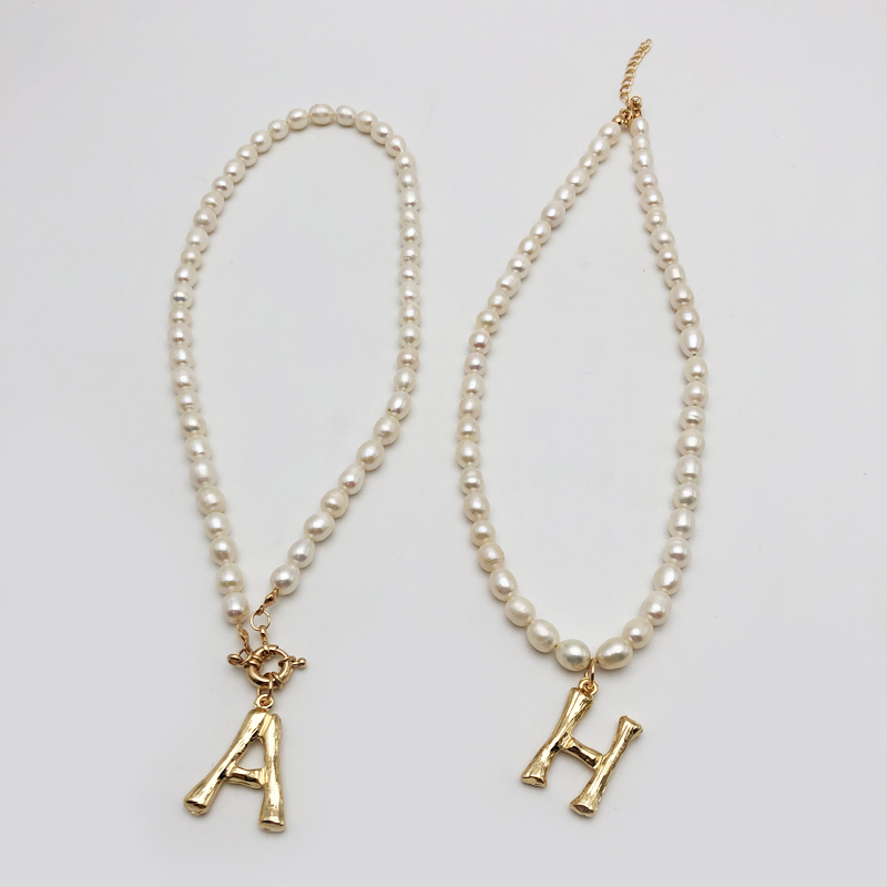 Real Pearl Necklace Choker Alphabet A Z Initial Pearl Necklace Stainless Steel Buckle GoldColor Pendant Freshwater Pearl Jewelry