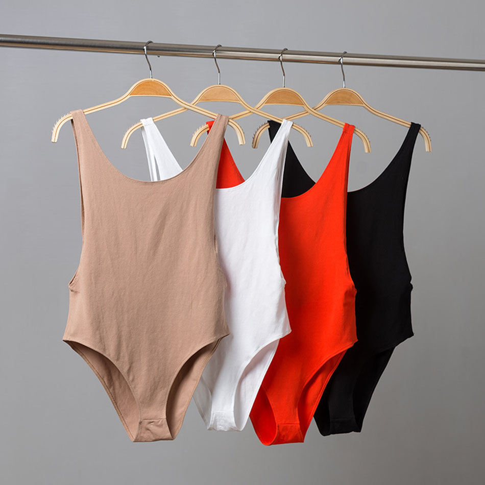 2019 New Fall Winter Backless Bodysuit Women Slim Rompers Sleeveless  Hot Bodysuits Beige Striped Sexy Body Suit Drop Shipping