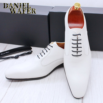 Luxury Brand Men Oxford Shoes White Black Brown Men Dress Office Wedding Formal shoes Lace up Pointed toe Leather Shoes Men northmarch new brand genuine leather men oxfod shoes lace up casual business wedding shoes men pointed toe comfort shoes