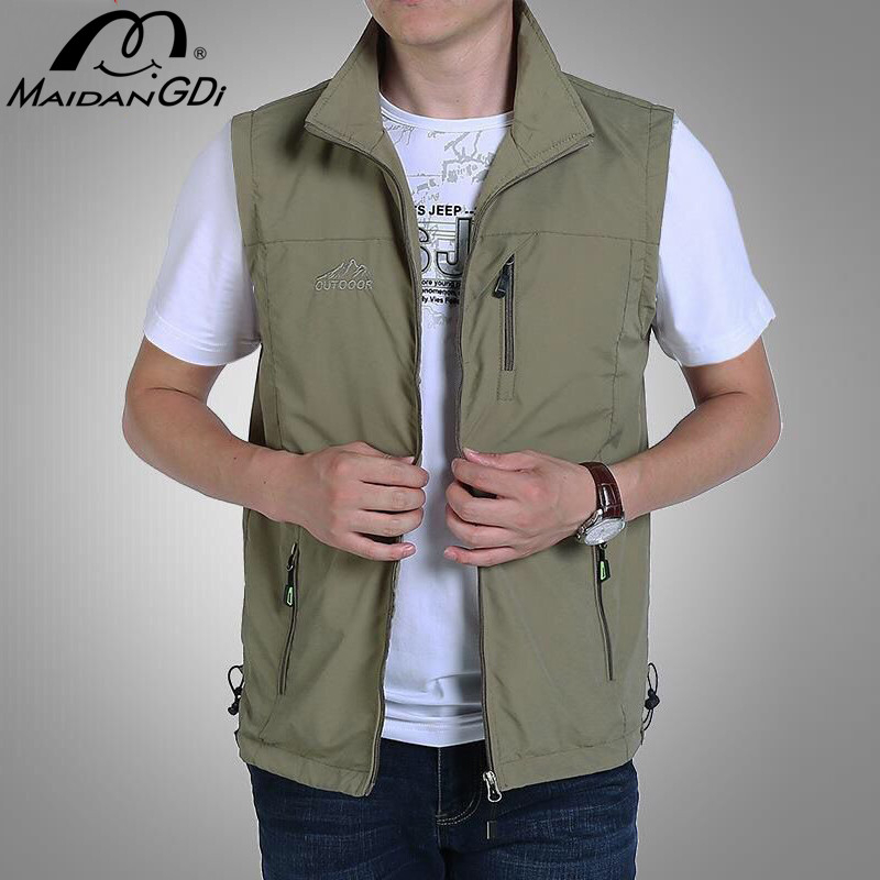 Men's Jackets 2020 Summer New Sleeveless Vests Male's Solid Color Quick Dry Breathable Outdoor Mountaineering Fishing Clothing