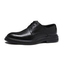 Sapatos Formal Dos Homens Apartamentos Sapatos Casuais Estilo Britânico Oxfords Homens Vestido de Noiva Festa De Sapatos Para Homens