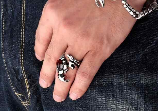 Retro zwierząt pierścień skorpiona stereoskopowe Trendy styl dominujący paw ciężkich metali Punk Rock Rap Biker Party gotycka biżuteria mężczyzn W