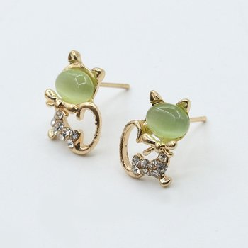 0179 Opal 2020Stud Shine Cat Stud Earrings Korean Cute Animal Ear Ornaments Green Cat Eye179 image
