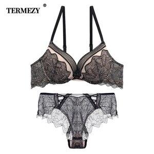 Image 1 - TERMEZY 2019 新刺繍女性の下着プッシュアップブラセットセクシーなブラジャーとパンティーディープ V ブラジャーヴィンテージランジェリーセット