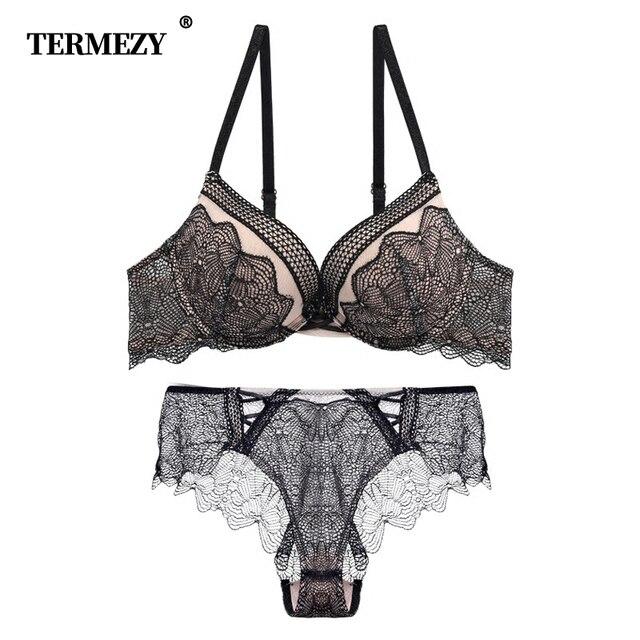 TERMEZY 2019 新刺繍女性の下着プッシュアップブラセットセクシーなブラジャーとパンティーディープ V ブラジャーヴィンテージランジェリーセット