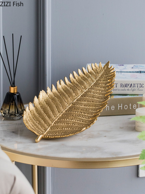 Creative Nordic modern Gold Resin leaf tray Desktop storage organization jewelry Crafts ornaments home decoration accessories اكسسوارات منزلية