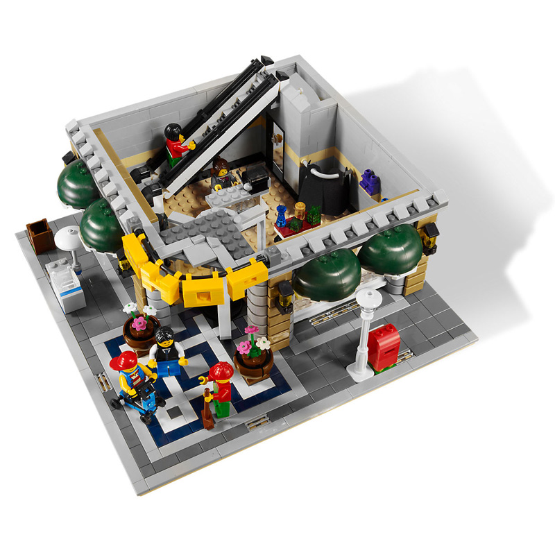 2232Pcs City Street View Grand Emporium Model Building Blocks Bricks Toys for Children Gifts Compatible  15005 10211 1