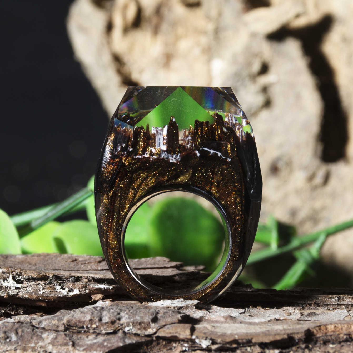 Night ไม้เรซิ่นแหวน Eco อีพ็อกซี่เครื่องประดับไม้สีเขียว Secret Of The Magical World เล็กๆภูมิทัศน์