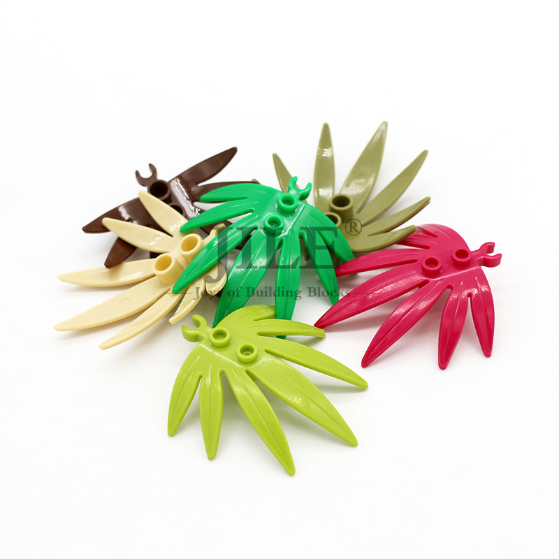 LEGO 10884-4 Large Green Plant Leaves Sword Leaf With Clip 4 Pieces An Order