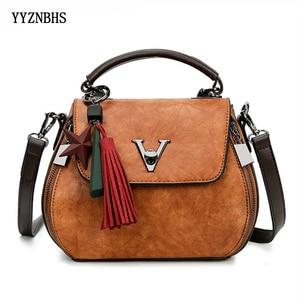Image 1 - Sacoches en cuir véritable pour femmes, sacoches en V à verrouillage en lettre Design, sacs à bandoulière de luxe, sac à main pour filles