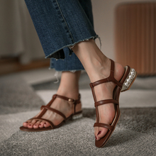 2020 summer new retro pearl thick heel sandals Roman sandals female fashion wild leather low heel sandals Z924 faux leather mini heel sandals
