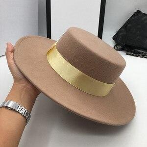 Image 3 - และอูฐขนสัตว์หมวกสำหรับผู้ชายและผู้หญิง joker แบนหมวกตัวอักษรแบน brim felt หมวก euramerican แฟชั่นหมวก Fedoras
