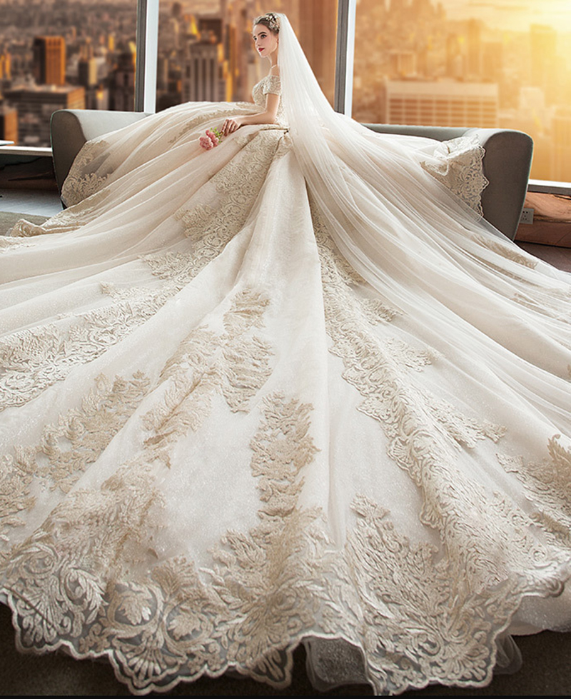 New Gorgeous Royal Train Short Sleeves Ball Gown Sweetheart Lace Wedding Dress 2020 Bridal Gown Vestido De Noiva Robe De Mariee