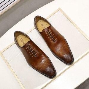 Image 2 - ยี่ห้ออิตาเลี่ยนMens Oxfordรองเท้าผู้ชายรองเท้าหนังทำด้วยมือสีน้ำตาลLACE Upงานแต่งงานอย่างเป็นทางการรองเท้า