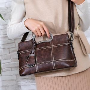 Image 2 - Vintage Lederen Crossbody Tas Hand Tassen Voor Vrouwen 2020 Designer Vrouwen Schouder Messenger Bags Sac Dames Handtassen Hoge Kwaliteit