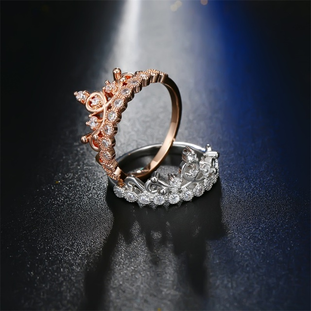 Luxurious Crown Ring 4