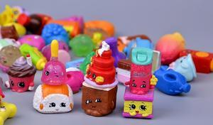 Image 2 - Hotsale מיניאטורי קניות פירות בובות למשפחה ילדים חג המולד מתנת ילד משחק צעצועי מעורב עונות 100 יח\חבילה