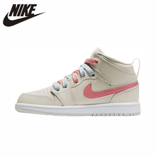 цена на Nike Air Jordan 1 Original New Arrival Women Basketball Shoes Comfortable Outdoor Sports Sneakers #640737-035