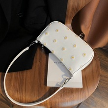 Vintage Daisy Embroidery Women Small Shoulder Bag Female Clutch Handbag Leather Totes Ladies Casual Purse Armpit Bags For Girls japan style girl ladies canvas purse casual totes army green color top handle handbag genuine leather female large shoulder bag