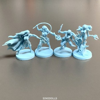 Lot 4PCS Blue Heroes Board Games Miniatures  Warsgame Role Playing Figures PVC Hobby Toys Collection new 4pcs heroes board games nolzur s marvelous miniatures warsgame role playing figures pvc toys collection