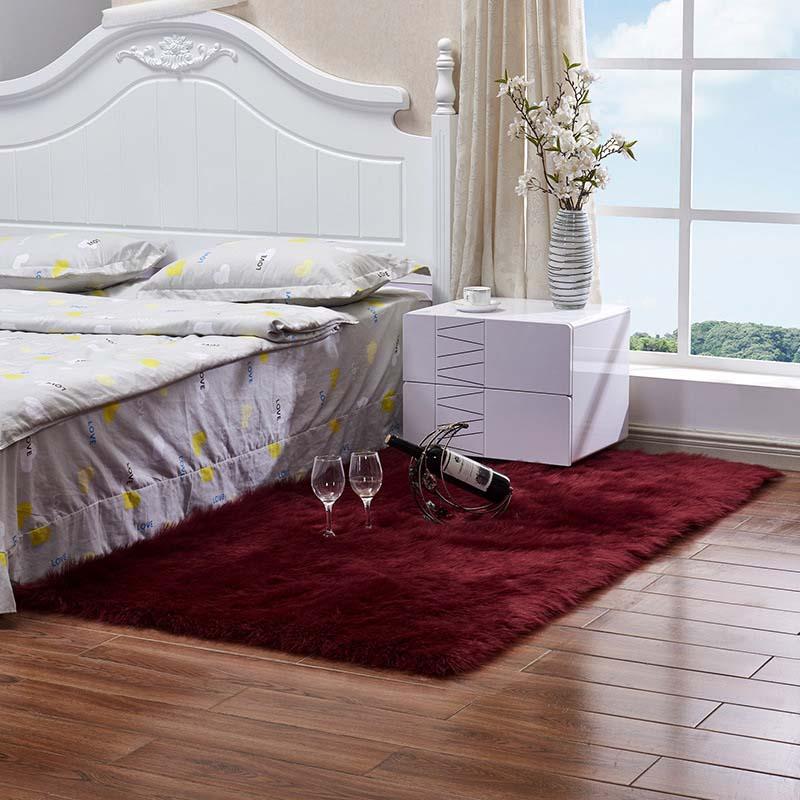 Очень мягкие прямоугольные коврики из искусственного меха овчины для спальни, напольный ворсистый шелковистый плюшевый ковер, белый ковер из искусственного меха, прикроватные коврики - Цвет: wine red