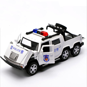 Image 2 - 1:32 ست عجلات هامر سبيكة الشرطة على الطرق الوعرة لعبة مجسمة سيارات ضوء الصوت التراجع عربة لعب سيارة للأطفال