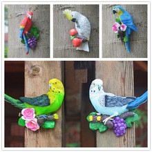 Creative Resin Parrot Wall Tree Mounted Outdoor Garden Decoration Statue Animal Sculpture For Home Office Garden Decor Ornament