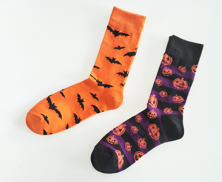 European Style Pumpkin Bat Halloween Socks Personality Unique Funny Men's Dress Socks Spring Summer Comfortable Mid-calf Socks