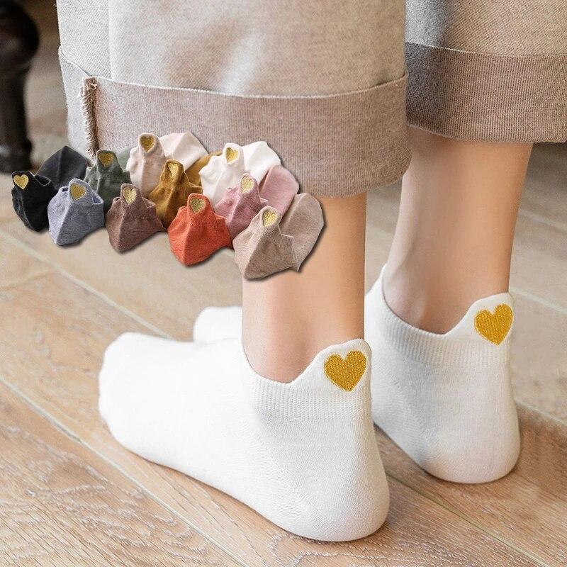 Instime 4 Pairs/Pack Kawaii Girls Socks Women Low Cut Smile Heart Design Ankle Cute Women Socks Cotton Funny