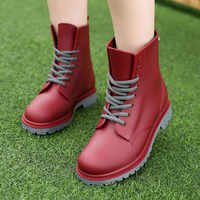 Moda damska Rainboots wodoodporne buty kobieta błoto buty do wody gumowy sznur Up pcv botki szycie kalosze plus rozmiar 44