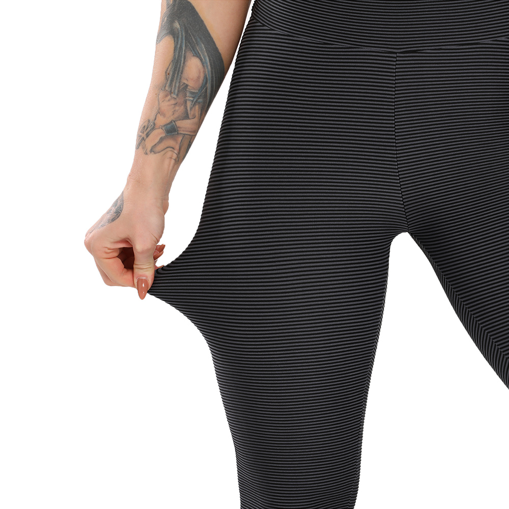 Women Sport Textured Booty Leggings 34