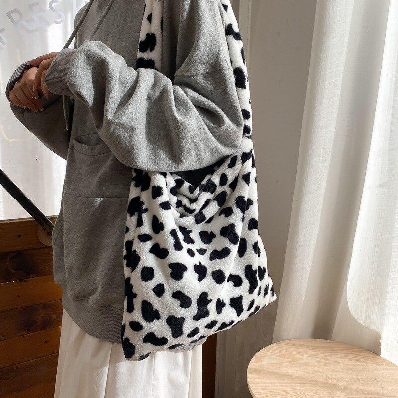 Элегантная дизайнерская женская сумка-тоут из коровьей кожи, повседневная вместительная дамская сумочка на плечо, Простые Модные женские м...