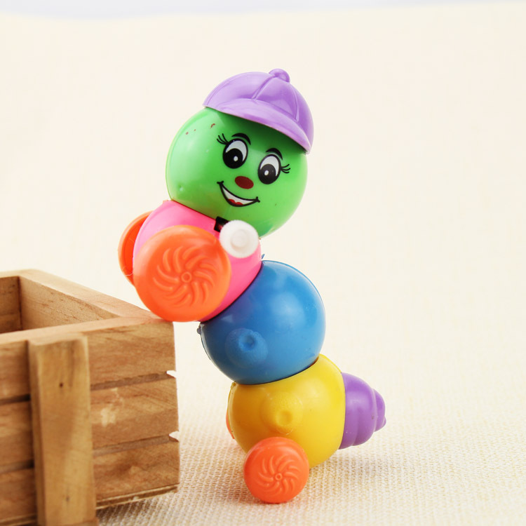 Toy Wholesale Chain Caterpillar Spring Hat Colorful Caterpillar Telescopic Worm Stall Hot Selling Toy Manufacturers