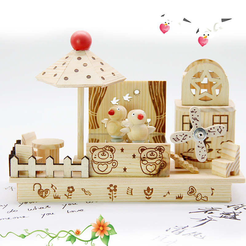 New Style Creative Wooden Craftwork Birds Dancing Windmill Music Box Decoration Students Gift Music Box Wholesale