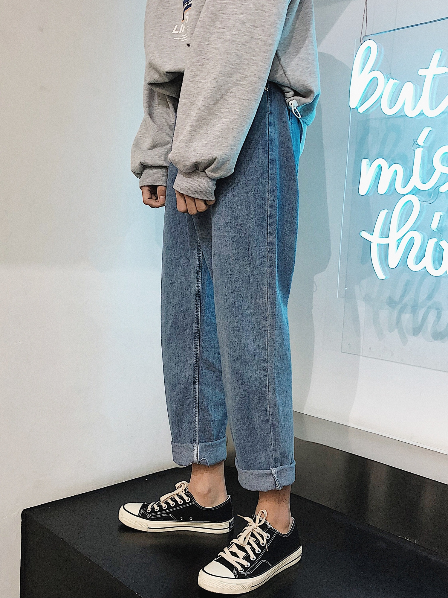 Cheap Wholesale 2019 New Autumn Winter Hot Selling Women's Fashion Casual  Denim Pants MW370