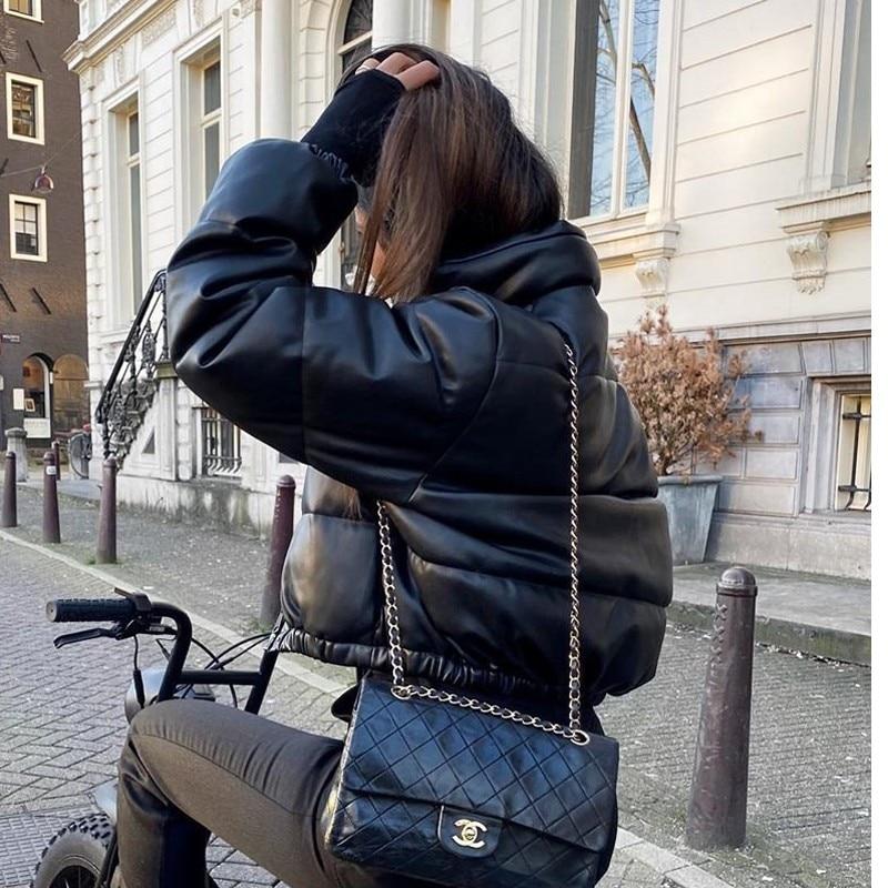 Giacca invernale da donna spessa calda Parka corto cappotti in pelle Pu nera Parka donna elegante cerniera giacche in cotone cappotto donna nuovo 2