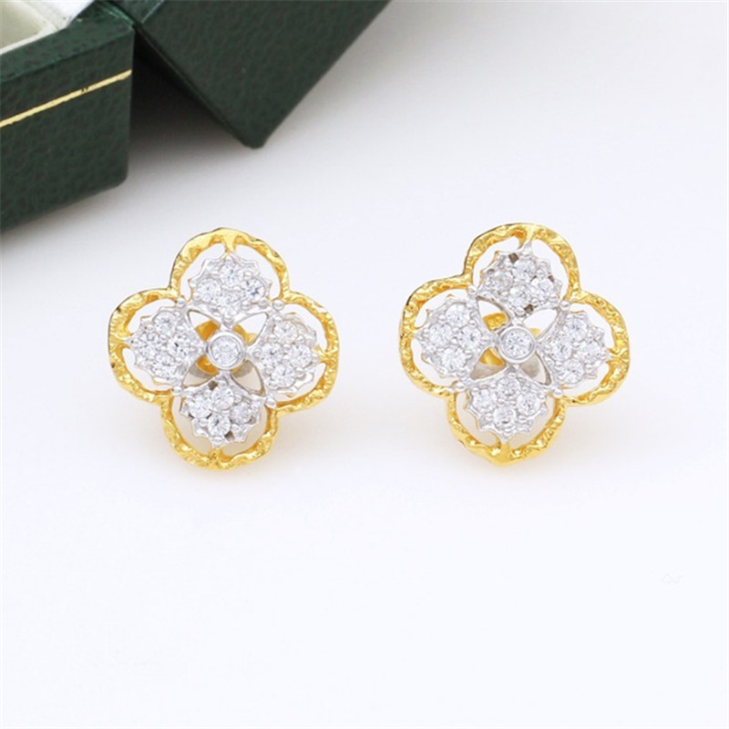 CMajor S925 Solid Sterling Silver Delicate Luxurious Vintage Temperament Four-leaf Clover Shape Two Tone Stud Earrings For Women