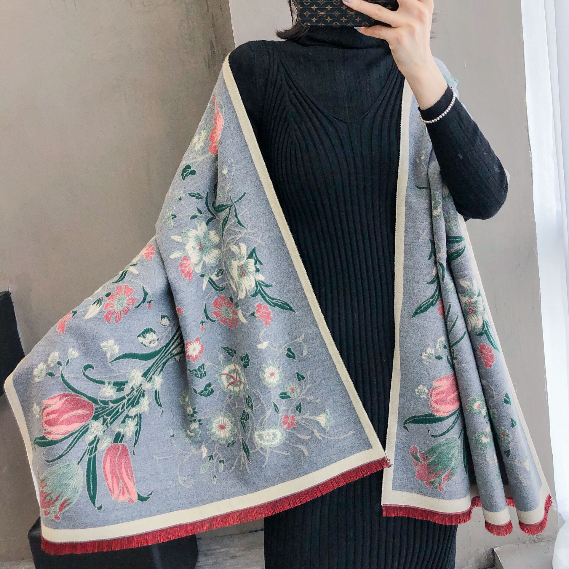 2019 New Women Scarf Elegant Floral Print Cashmere Stole Lady Thick Warm Pashmina Winter Scarves Foulard Shawls Wraps Poncho