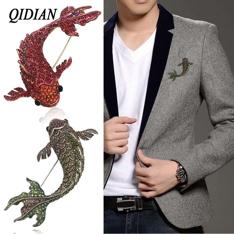 QIDIAN Europe America Hot Selll Exquisite Fashion Rhinestone Animal Brooch Jewelry Male Female Coat Clothing Accessories Pin