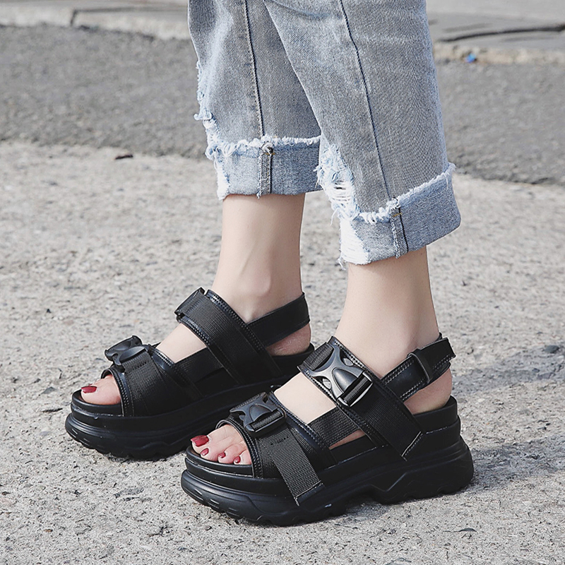 Summer Women Sandals Buckle Design Black White Platform Sandals Comfortable Women Thick Sole Beach Shoes 393w
