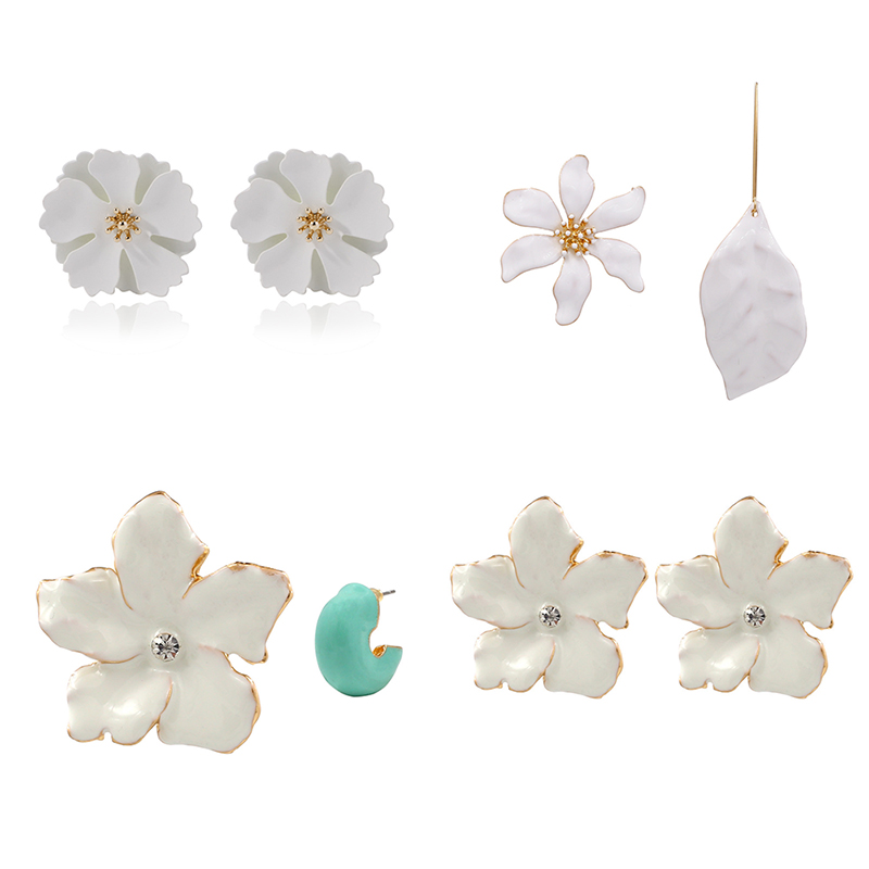 Korean Style Cute <font><b>Flower</b></font> Stud <font><b>Earrings</b></font> <font><b>for</b></font> <font><b>Women</b></font> ZA <font><b>2019</b></font> Fashion Sweet <font><b>Statement</b></font> White Spray Paint <font><b>Earring</b></font> Femme Brinco Jewelry image