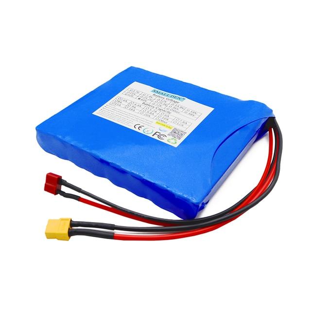 Cellules rechargeables de paquet de batterie de li-ion de 60V 2.2Ah 2.6Ah 3Ah 3.4Ah 16S1P HG2 NCR18650B pour le monocycle électrique de scooter déquilibre dindividu
